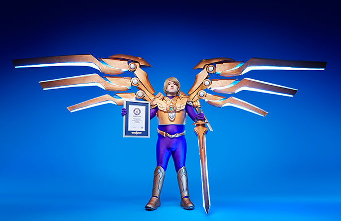 Largest mechanical wings on a cosplay costume